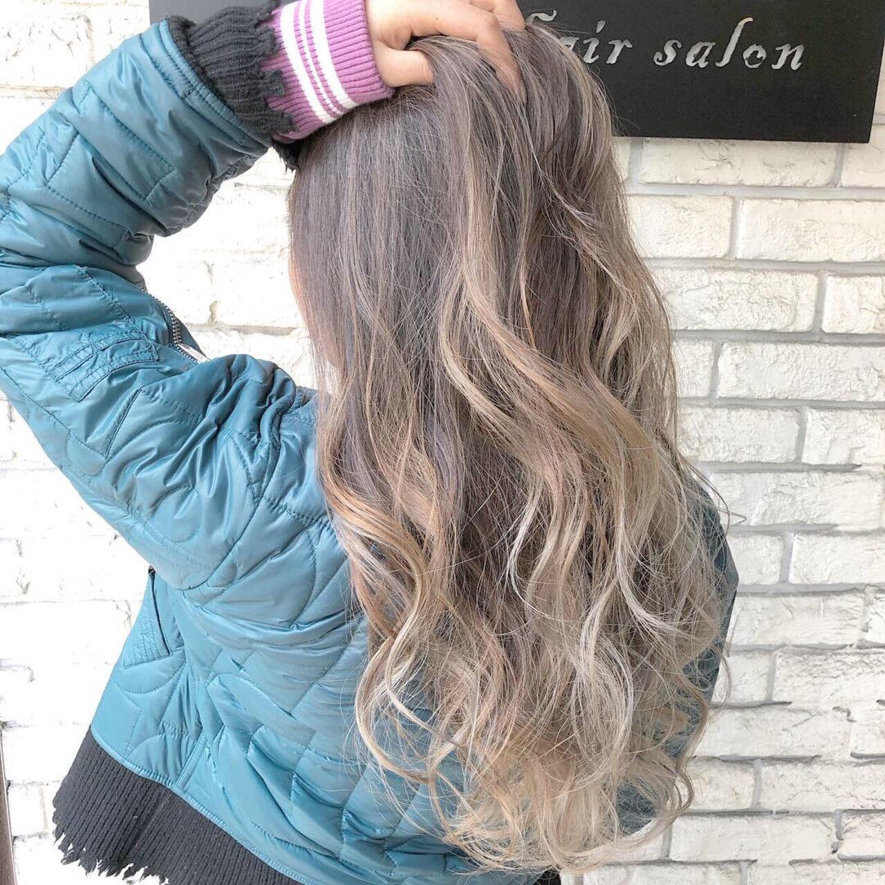 グラデーション ブリーチ エレガント ロングヘアスタイルや髪型の写真・画像