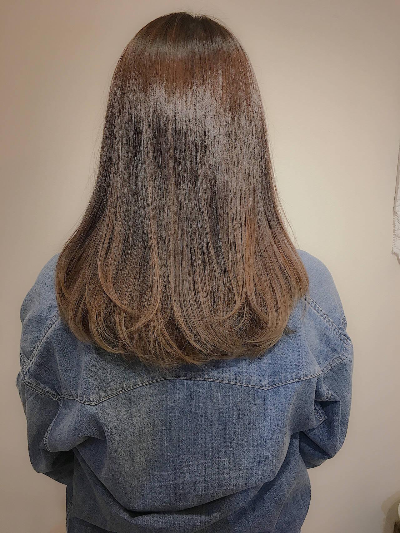 ロング ナチュラル 大人ハイライト バレイヤージュヘアスタイルや髪型の写真・画像