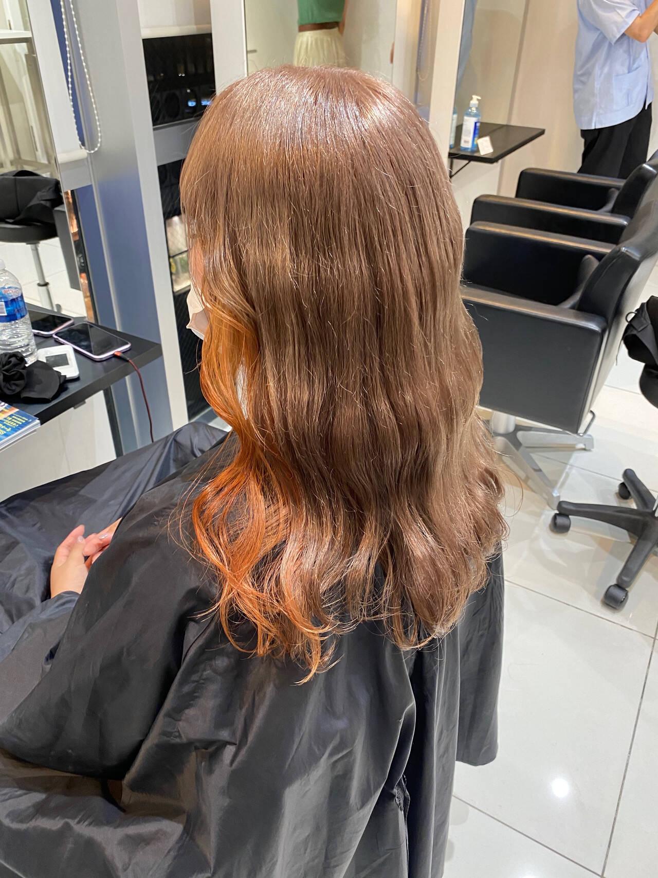 ガーリー アプリコットオレンジ ロング オレンジヘアスタイルや髪型の写真・画像