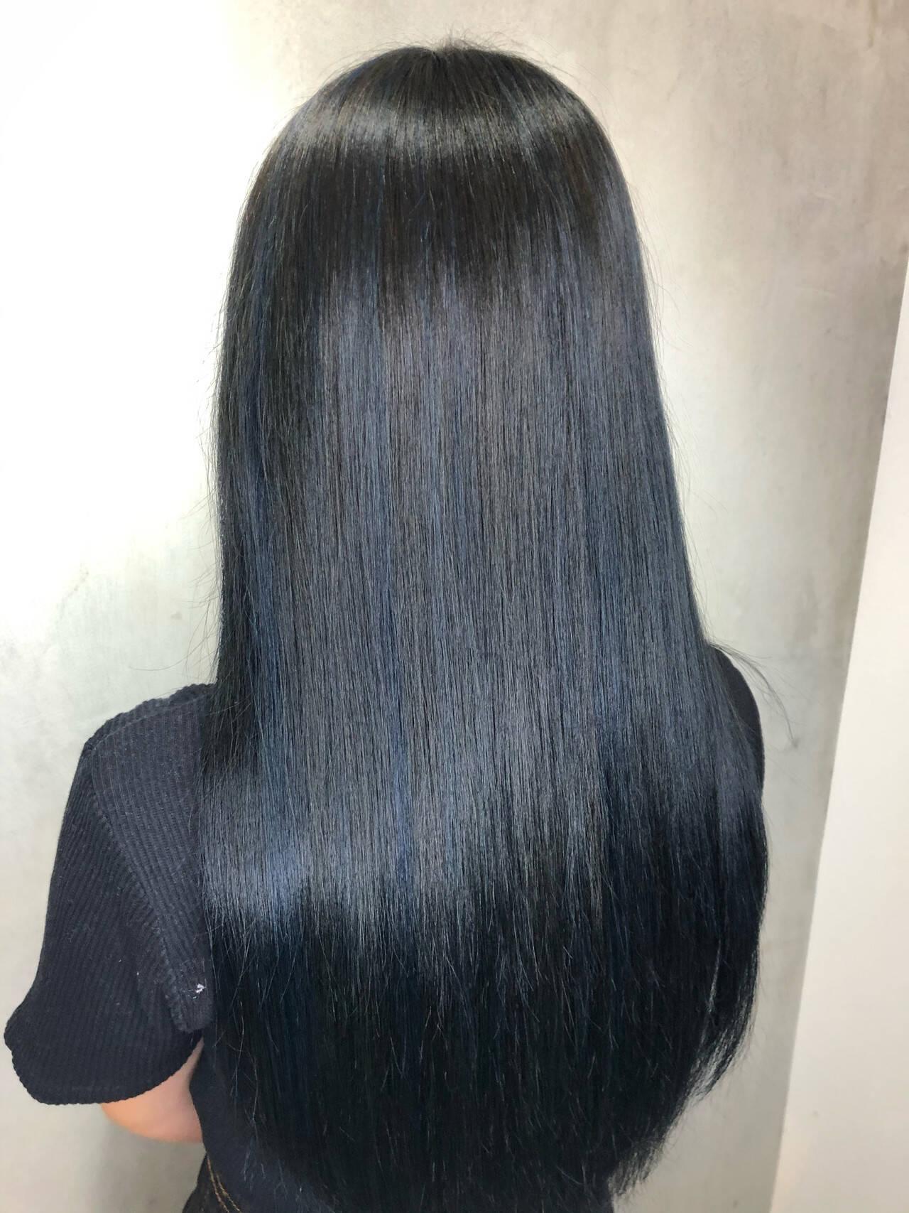 アッシュグレー アッシュグレージュ ナチュラル グレーヘアスタイルや髪型の写真・画像