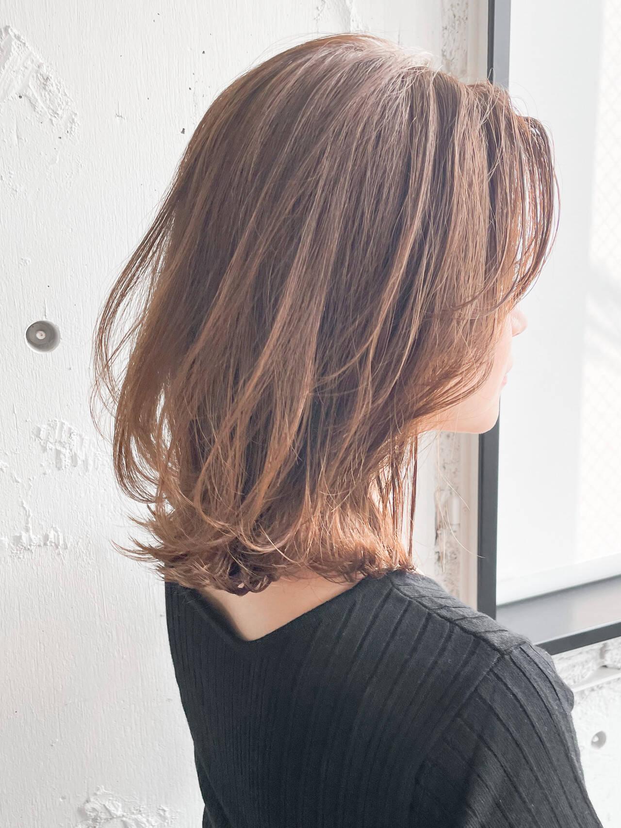 デート レイヤーカット パーティ コンサバヘアスタイルや髪型の写真・画像