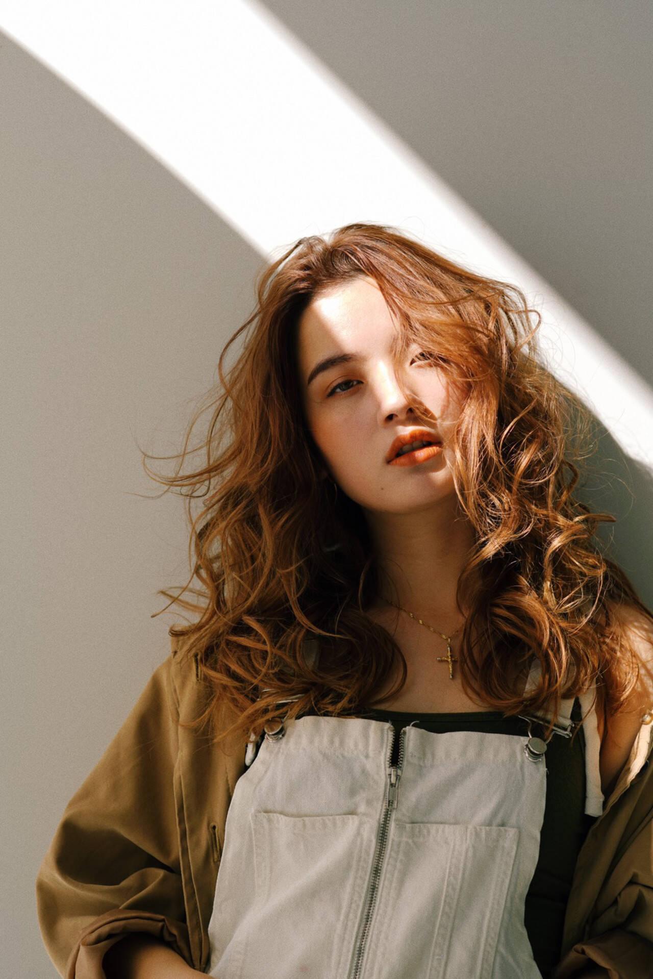 似合わせカット ロング 巻き髪 エレガントヘアスタイルや髪型の写真・画像
