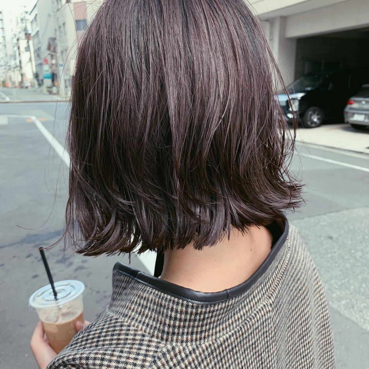 切りっぱなしボブ レイヤーカット ナチュラル ボブヘアスタイルや髪型の写真・画像