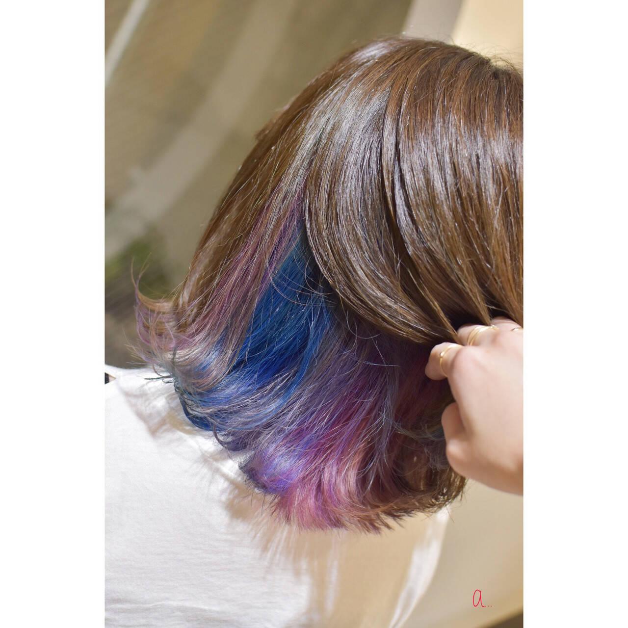 ボブ インナーカラー オーロラカラー インナーブルーヘアスタイルや髪型の写真・画像