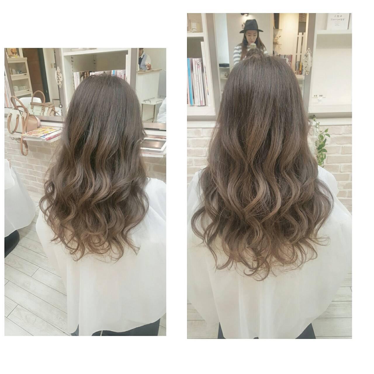 グラデーションカラー アッシュ ロング ナチュラルヘアスタイルや髪型の写真・画像