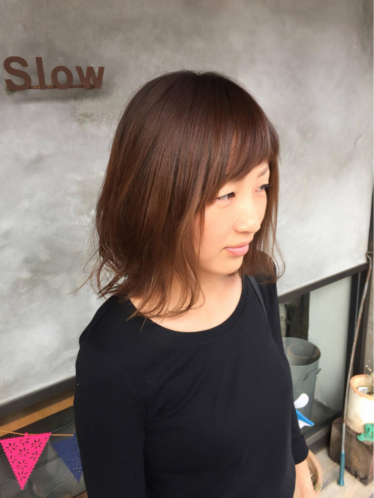 ウェットヘア 外ハネ かわいい ナチュラルヘアスタイルや髪型の写真・画像