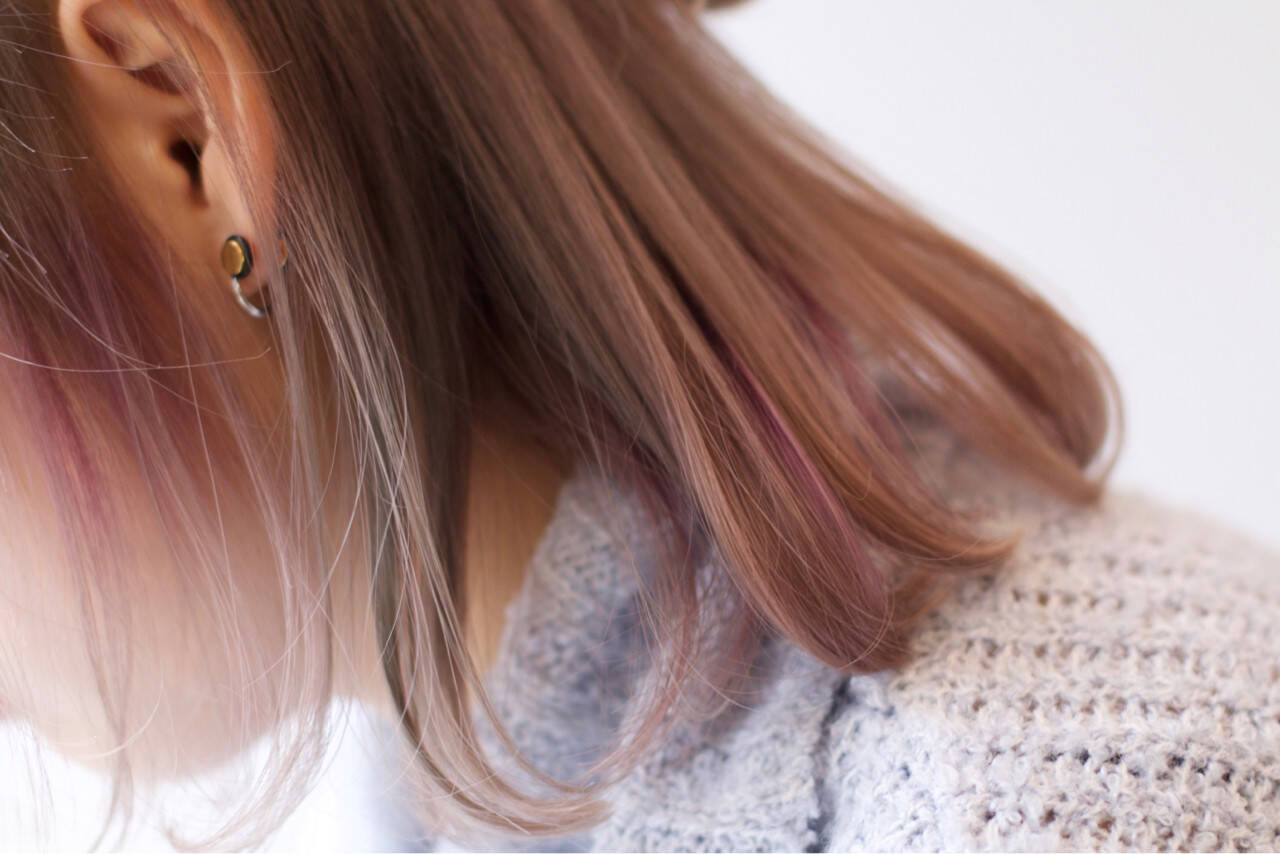 外国人風 冬 ガーリー ラベンダーヘアスタイルや髪型の写真・画像