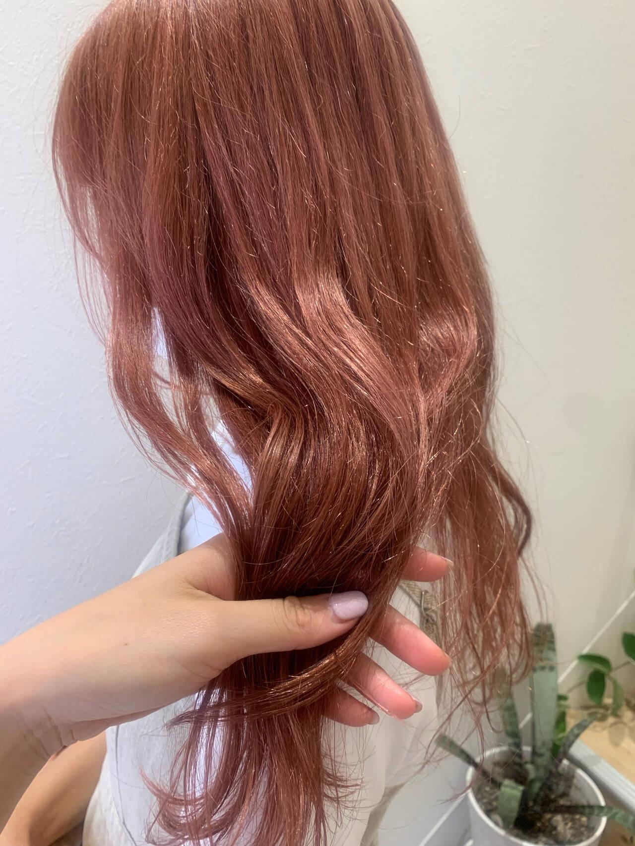 ピンク ピンクカラー ロング ガーリーヘアスタイルや髪型の写真・画像