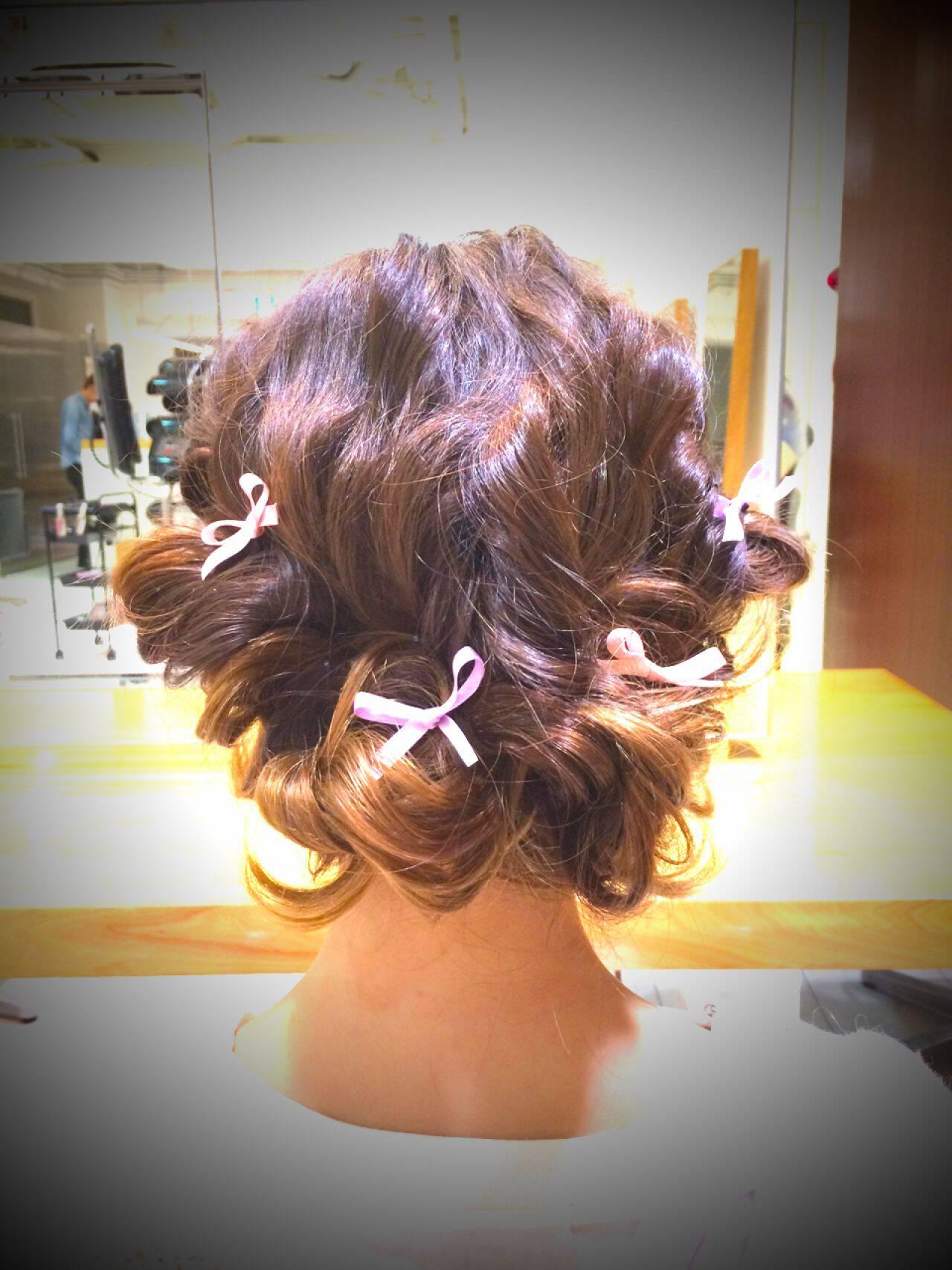 編み込み ガーリー パーティヘアスタイルや髪型の写真・画像
