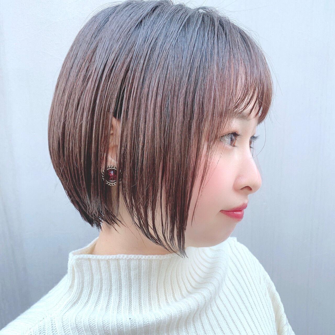 フェミニン ショートヘア グラデーションボブ ボブヘアスタイルや髪型の写真・画像