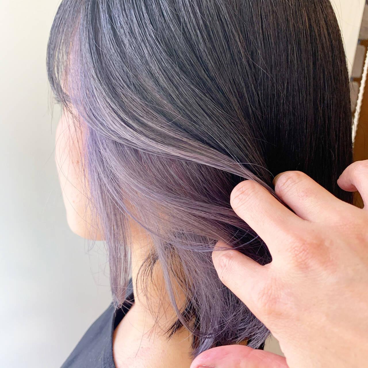 ダブルカラー ラベンダーアッシュ ストリート ミディアムヘアスタイルや髪型の写真・画像