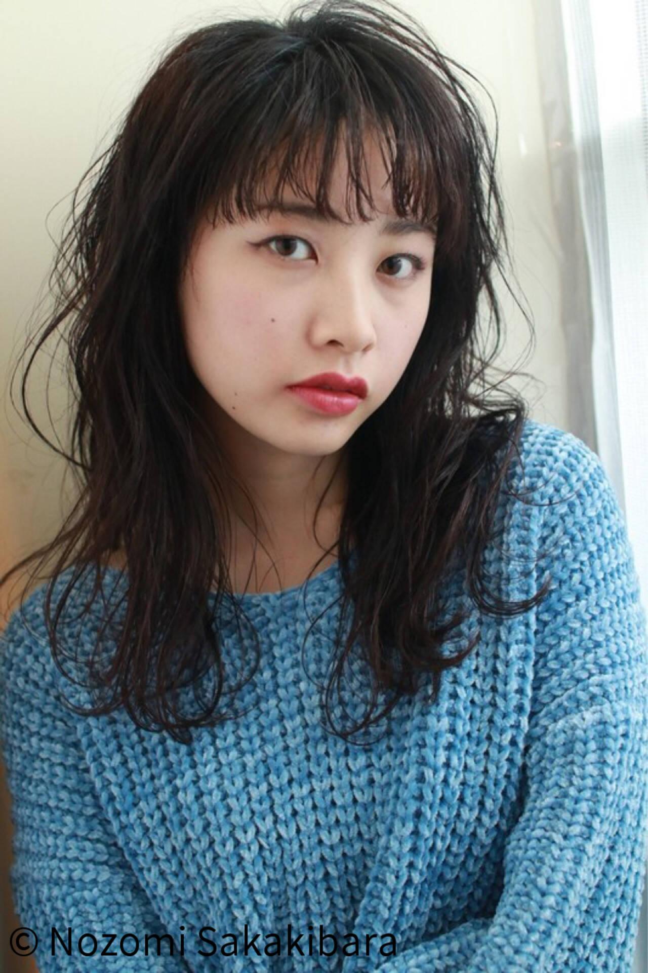 アンニュイ 外国人風 愛され ロングヘアスタイルや髪型の写真・画像