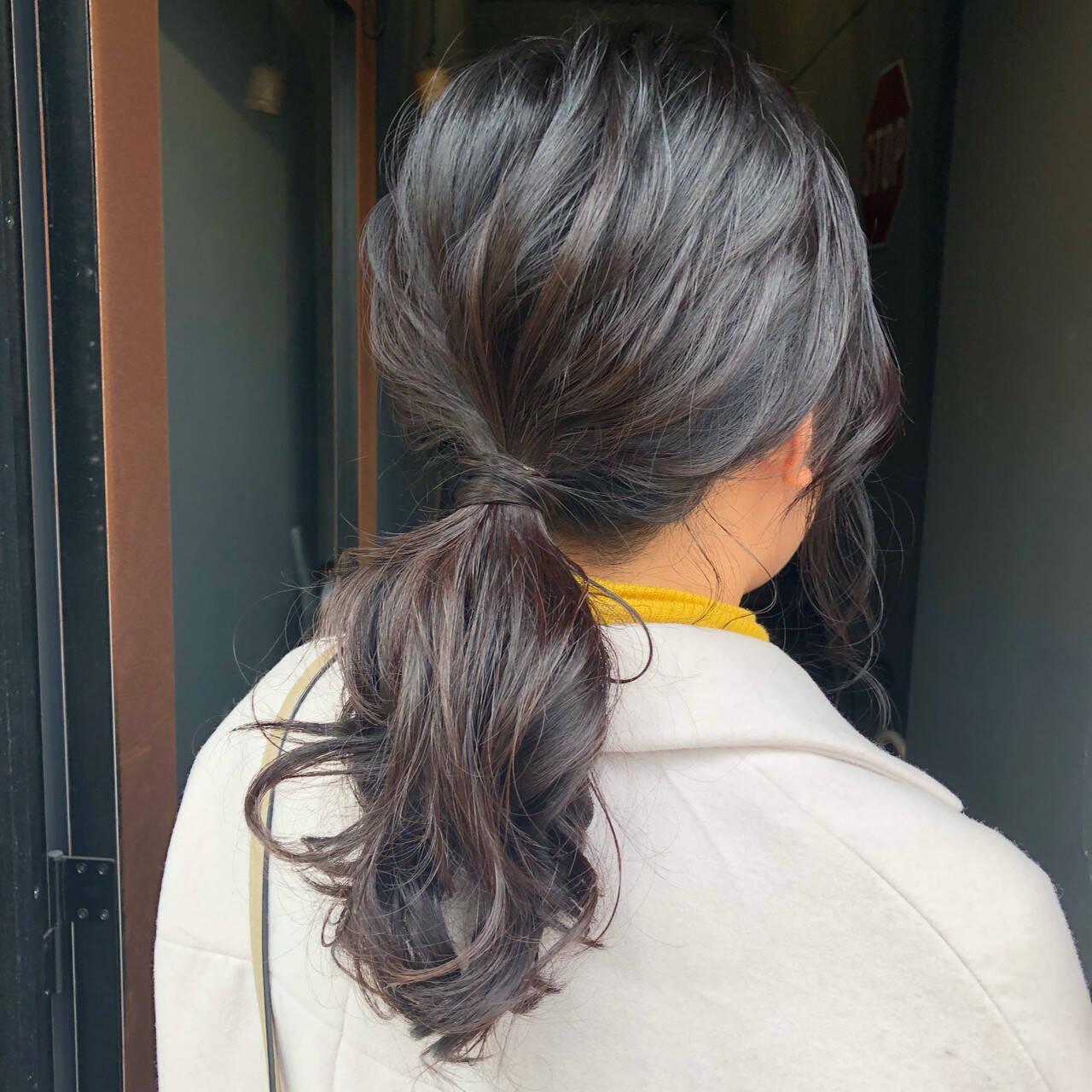 ヘアアレンジ ポニーテール ローポニーテール セミロングヘアスタイルや髪型の写真・画像
