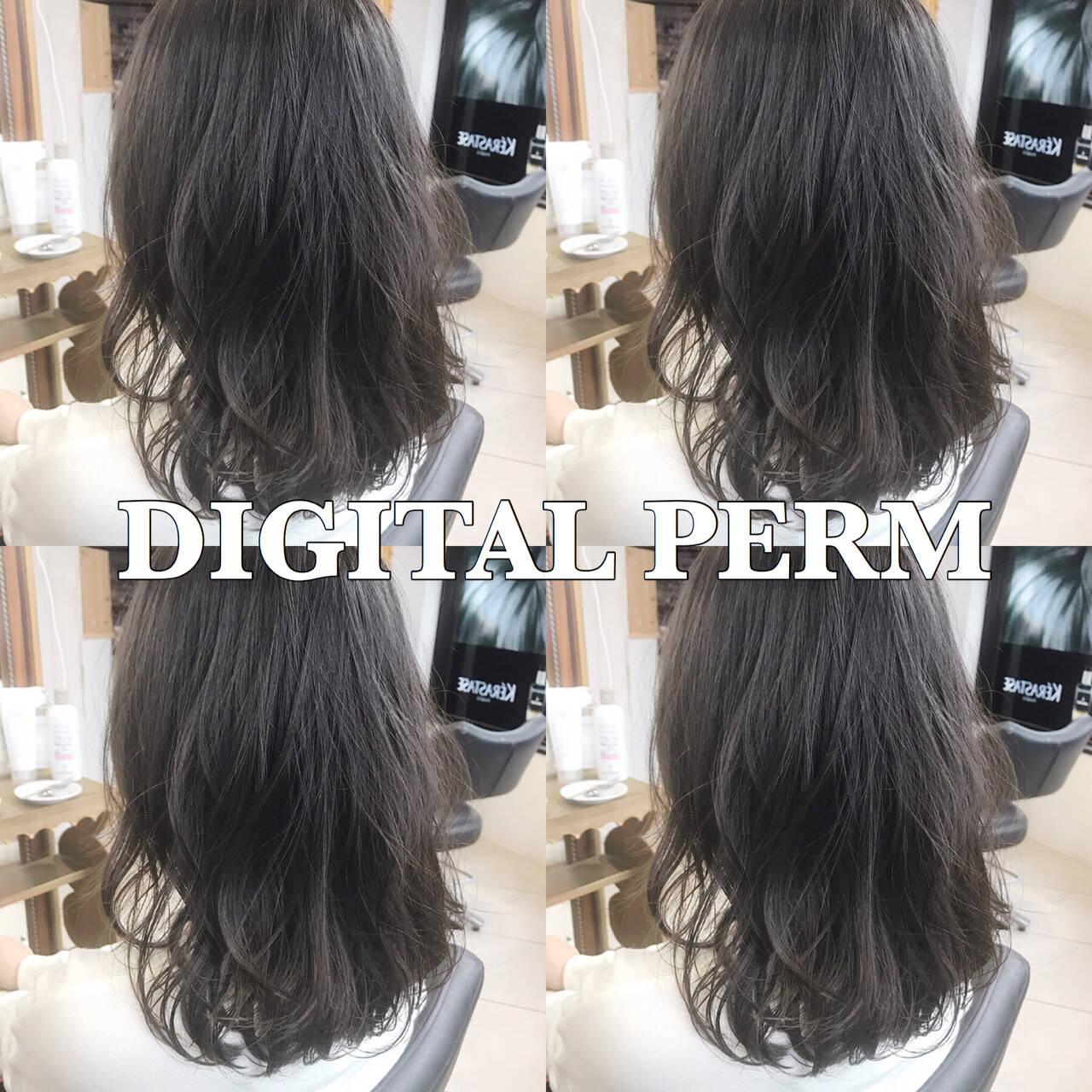 デジタルパーマ パーマ フェミニン ゆるふわヘアスタイルや髪型の写真・画像