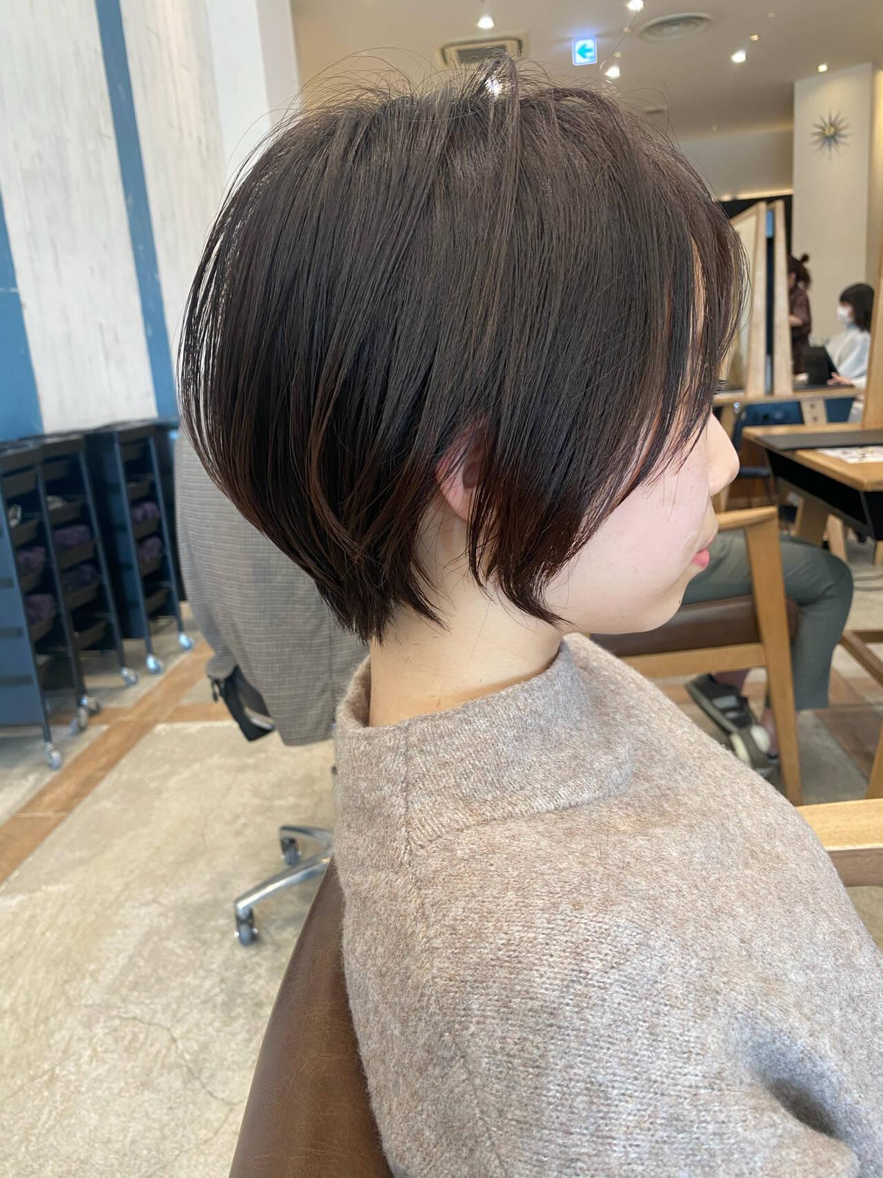 ショートボブ デート ナチュラル アンニュイほつれヘアヘアスタイルや髪型の写真・画像