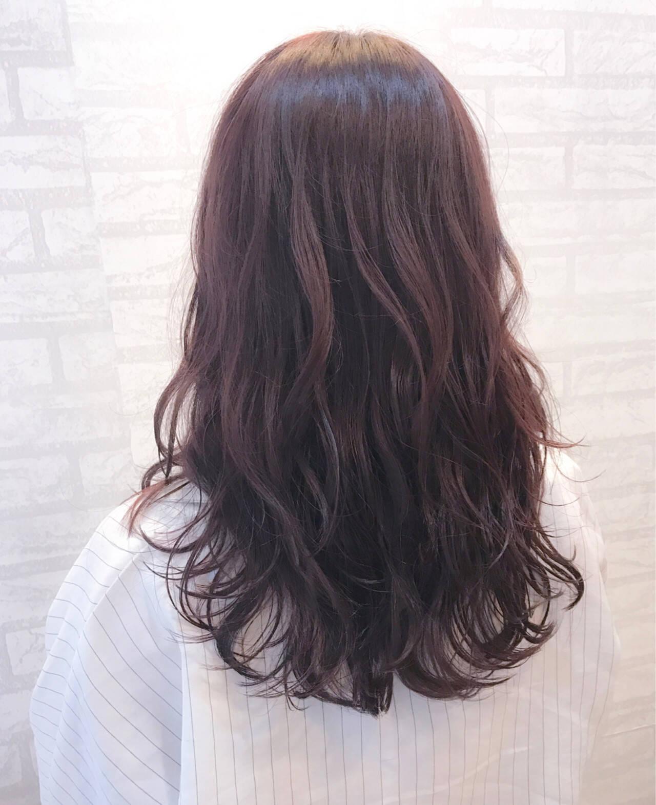 ロング ベージュ リラックス ピンクアッシュヘアスタイルや髪型の写真・画像
