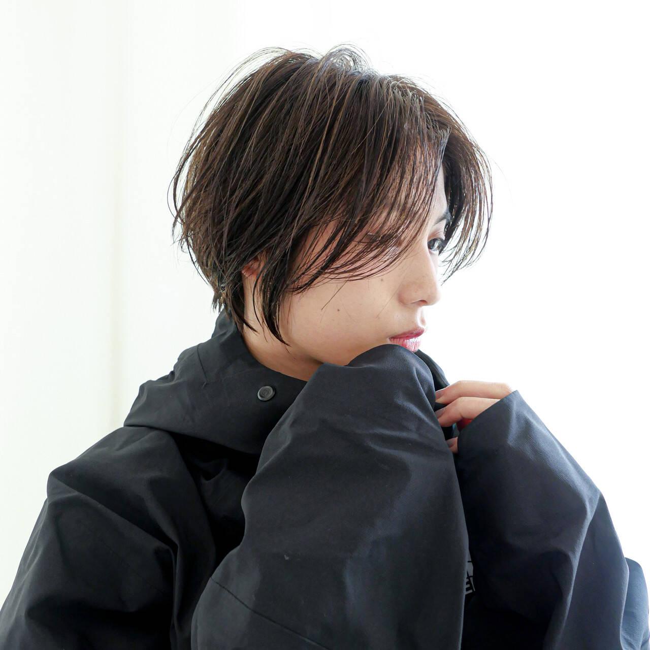 小顔ショート ショート ナチュラル ハイライトヘアスタイルや髪型の写真・画像
