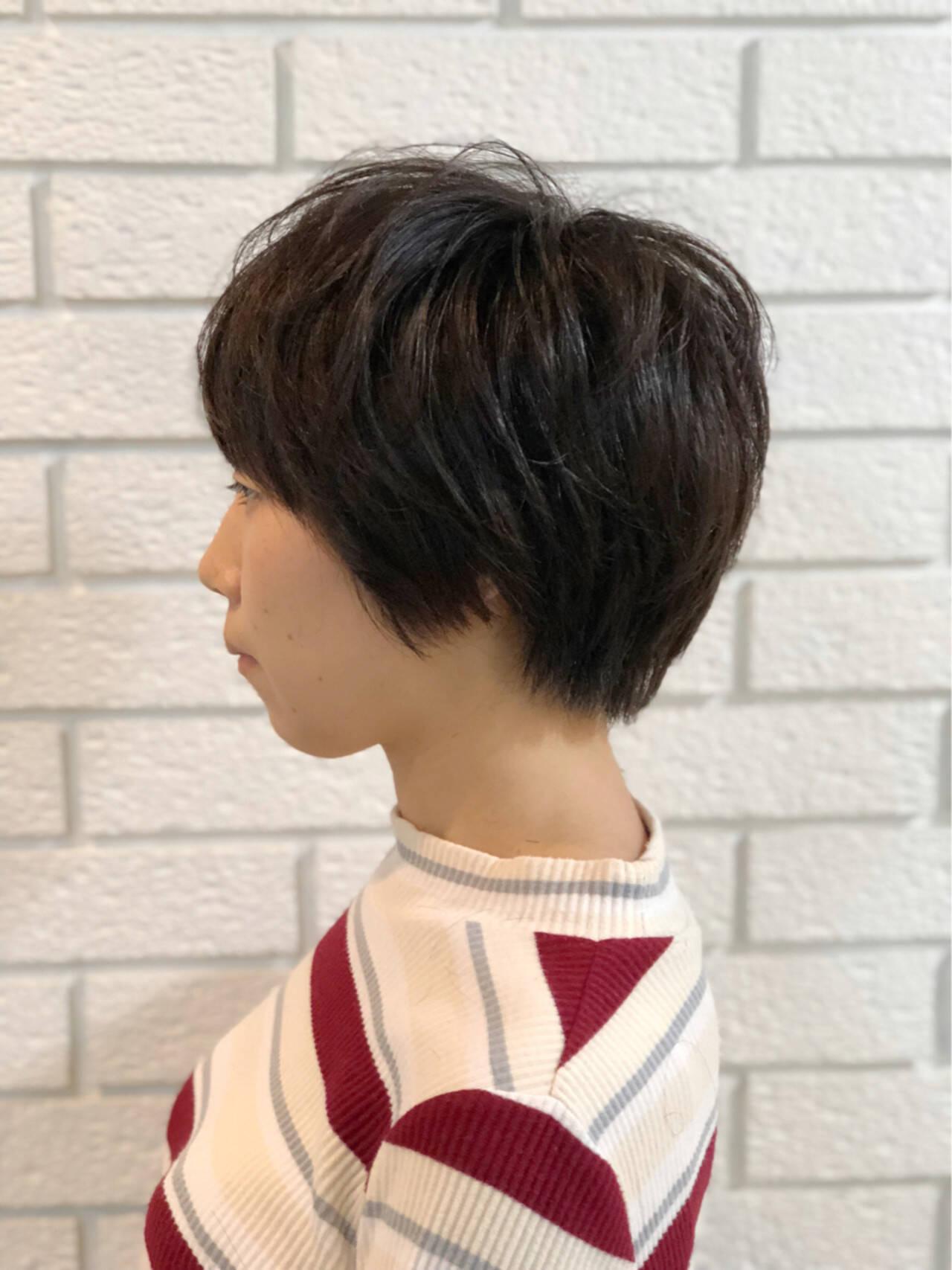 かわいい ナチュラル ショート レイヤーカットヘアスタイルや髪型の写真・画像