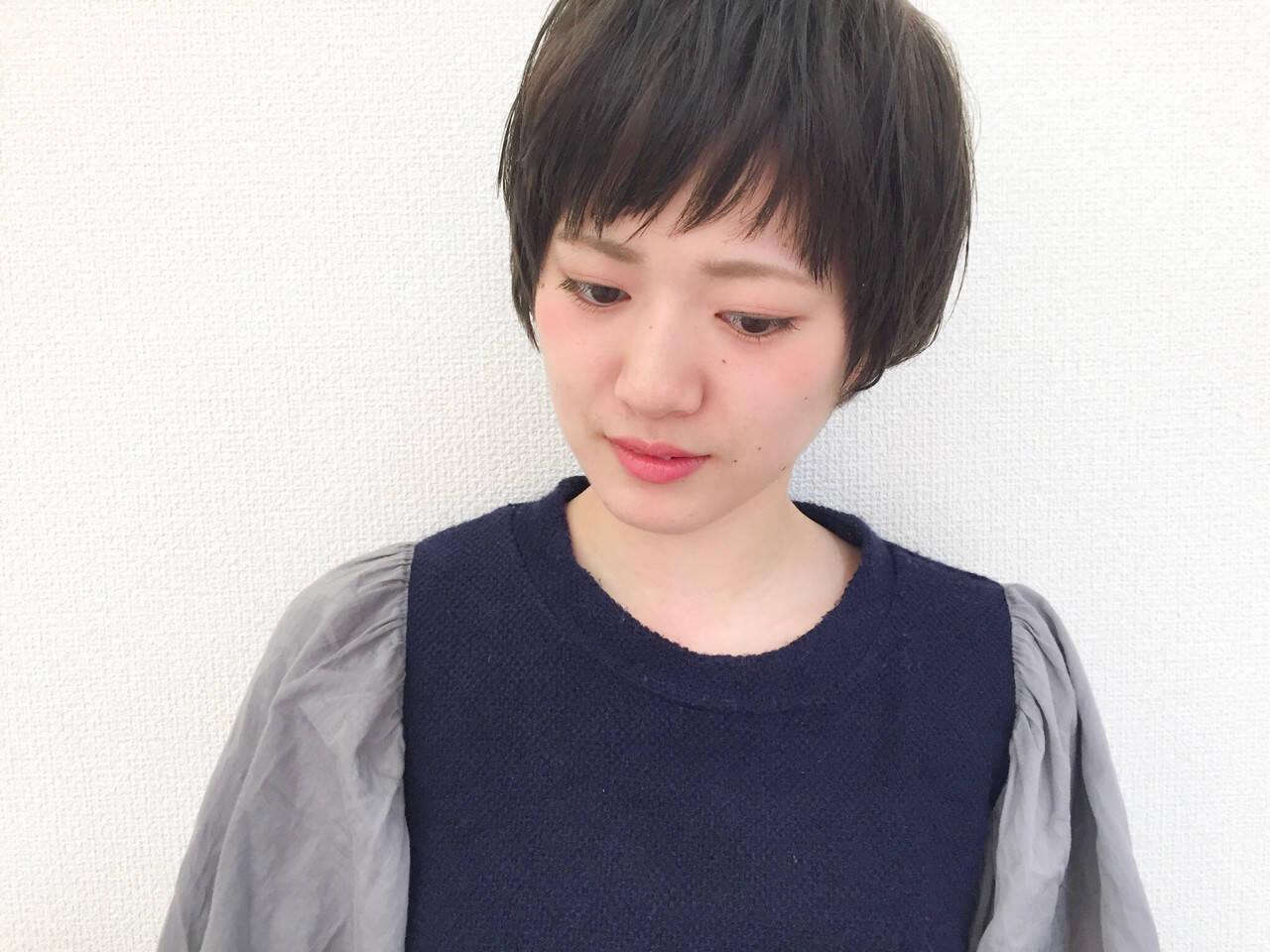 似合わせ ナチュラル 小顔 ショートヘアスタイルや髪型の写真・画像