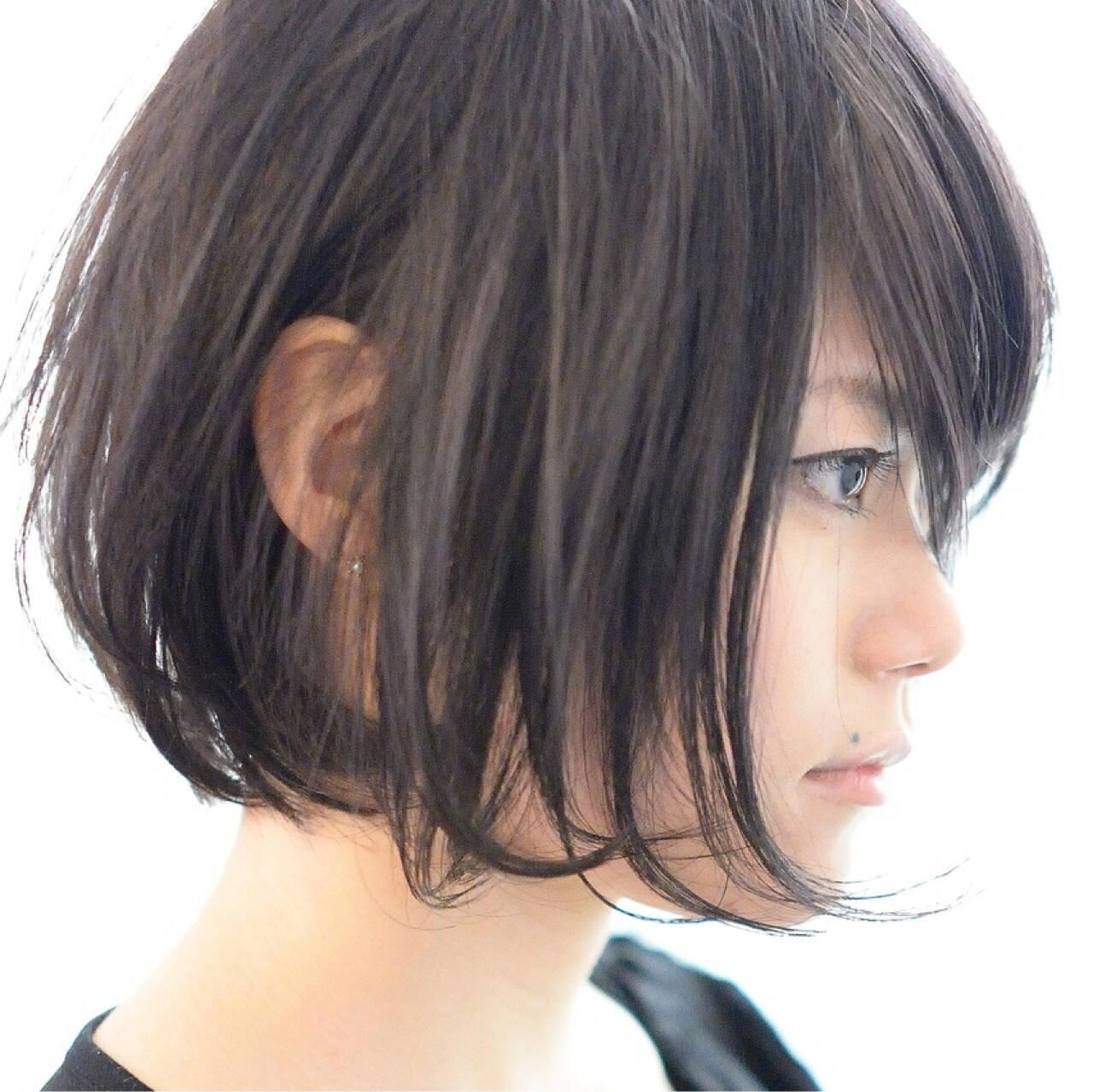 前下がり 黒髪 ナチュラル ショートヘアスタイルや髪型の写真・画像