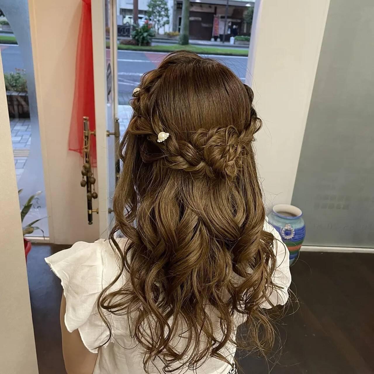 編み込み 編み込みヘア ナチュラル ヘアアレンジヘアスタイルや髪型の写真・画像