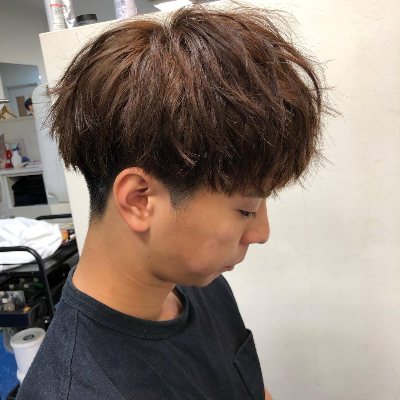ショート マッシュ メンズパーマ ナチュラルヘアスタイルや髪型の写真・画像