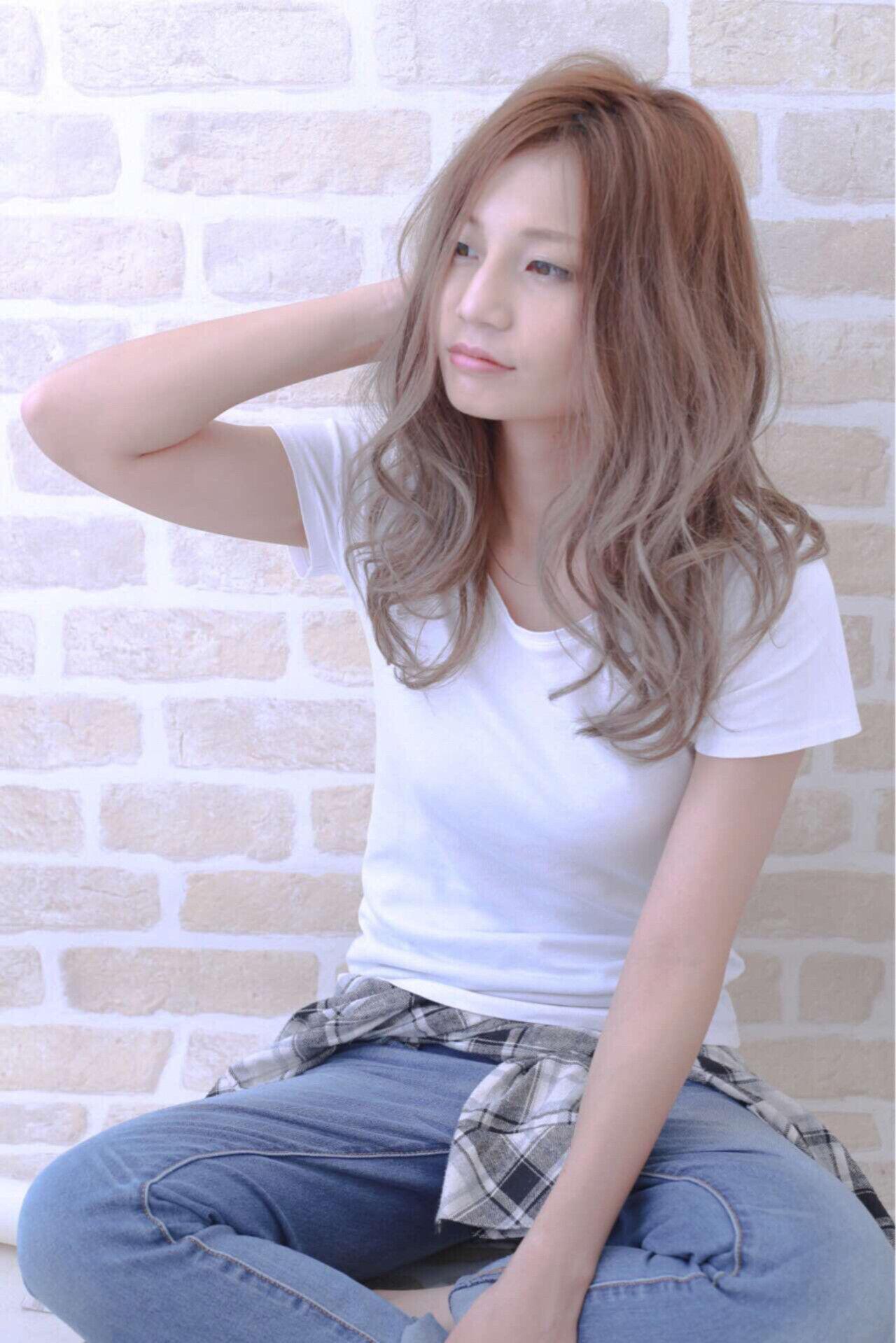 大人かわいい グラデーションカラー 抜け感 ロングヘアスタイルや髪型の写真・画像