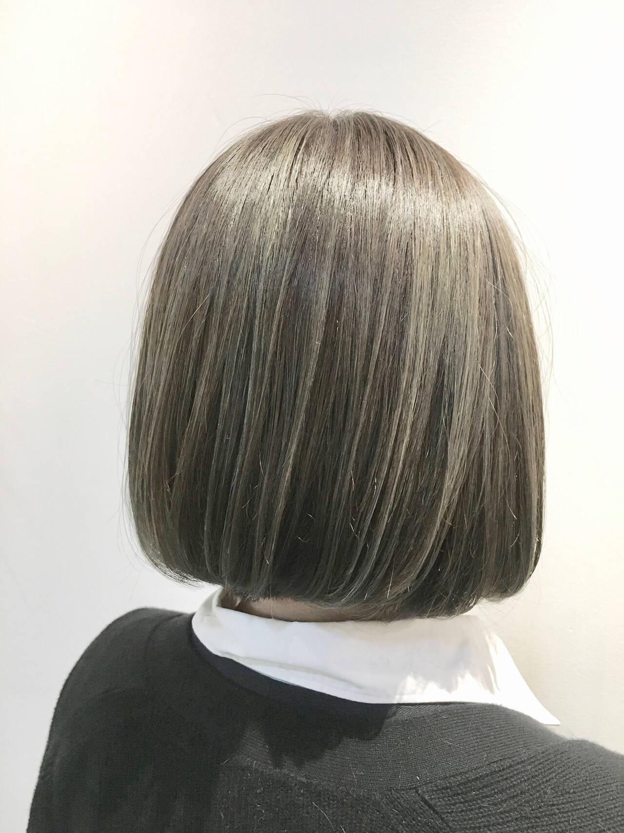グレージュ ガーリー カーキアッシュ ハイライトヘアスタイルや髪型の写真・画像