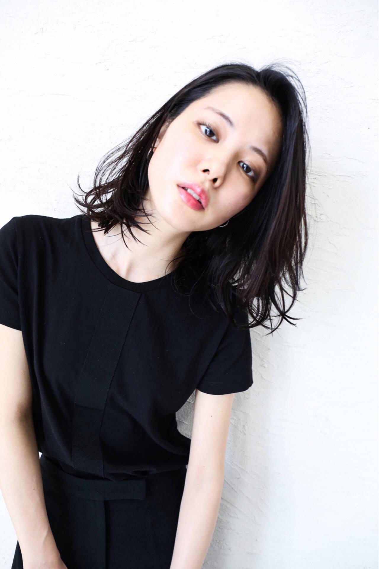 黒髪 モード 大人かわいい ロブヘアスタイルや髪型の写真・画像
