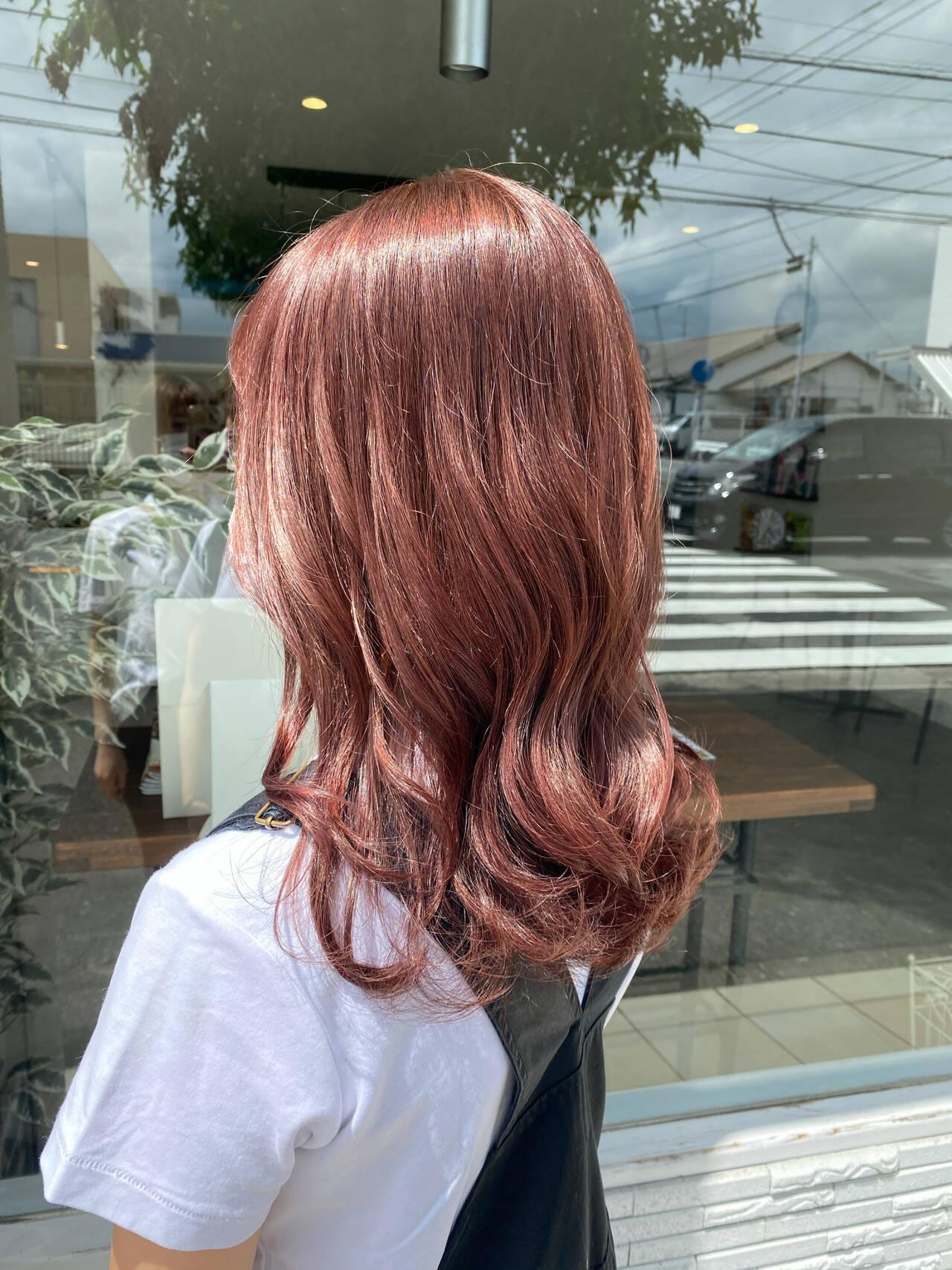 ナチュラル可愛い ピンクベージュ セミロング ナチュラルヘアスタイルや髪型の写真・画像