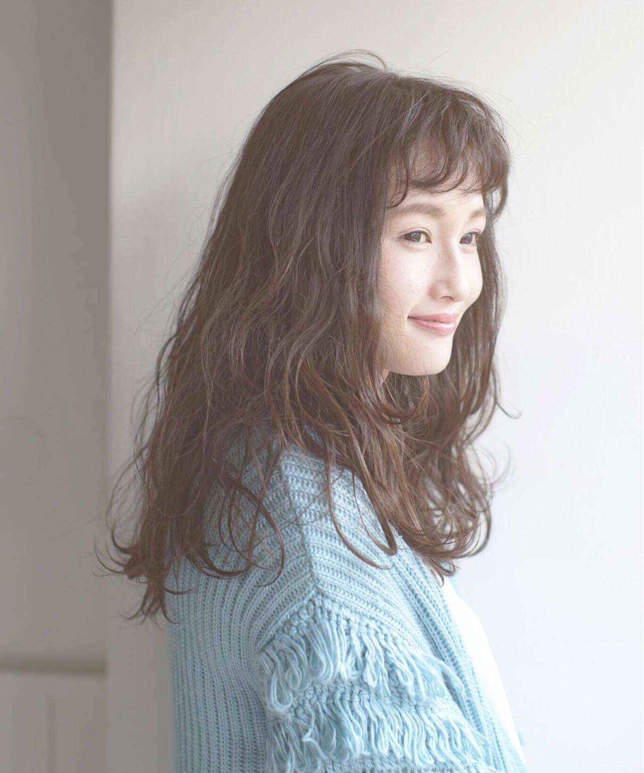 前髪パーマ ショートバング パーマ ゆるふわヘアスタイルや髪型の写真・画像