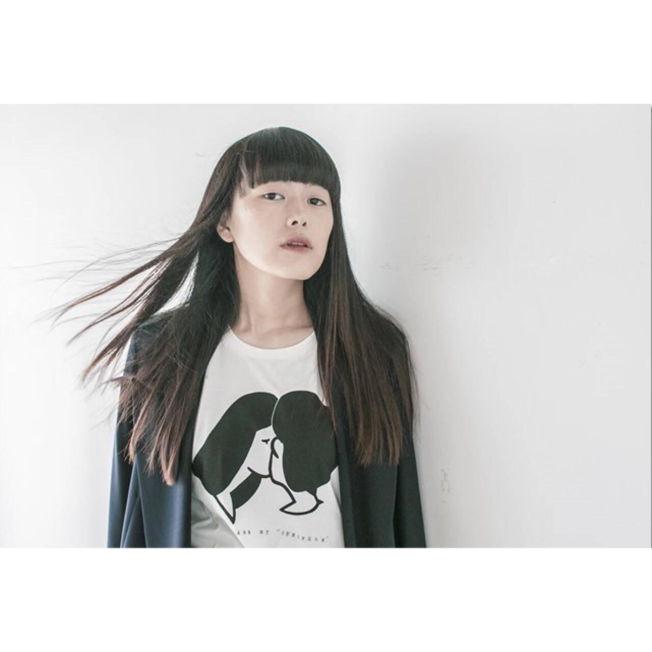 黒髪 ストレート モード ロングヘアスタイルや髪型の写真・画像