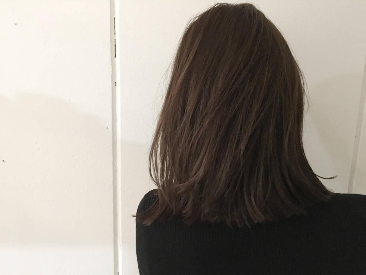抜け感 アッシュ ナチュラル グレージュヘアスタイルや髪型の写真・画像