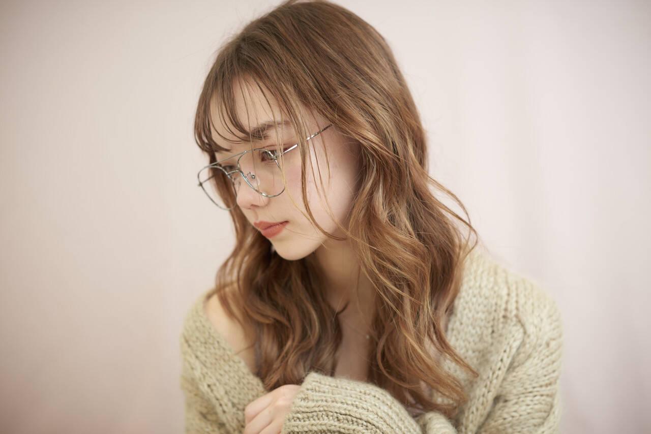 横顔美人 モテ髪 モテ髮シルエット 巻き髪ヘアスタイルや髪型の写真・画像