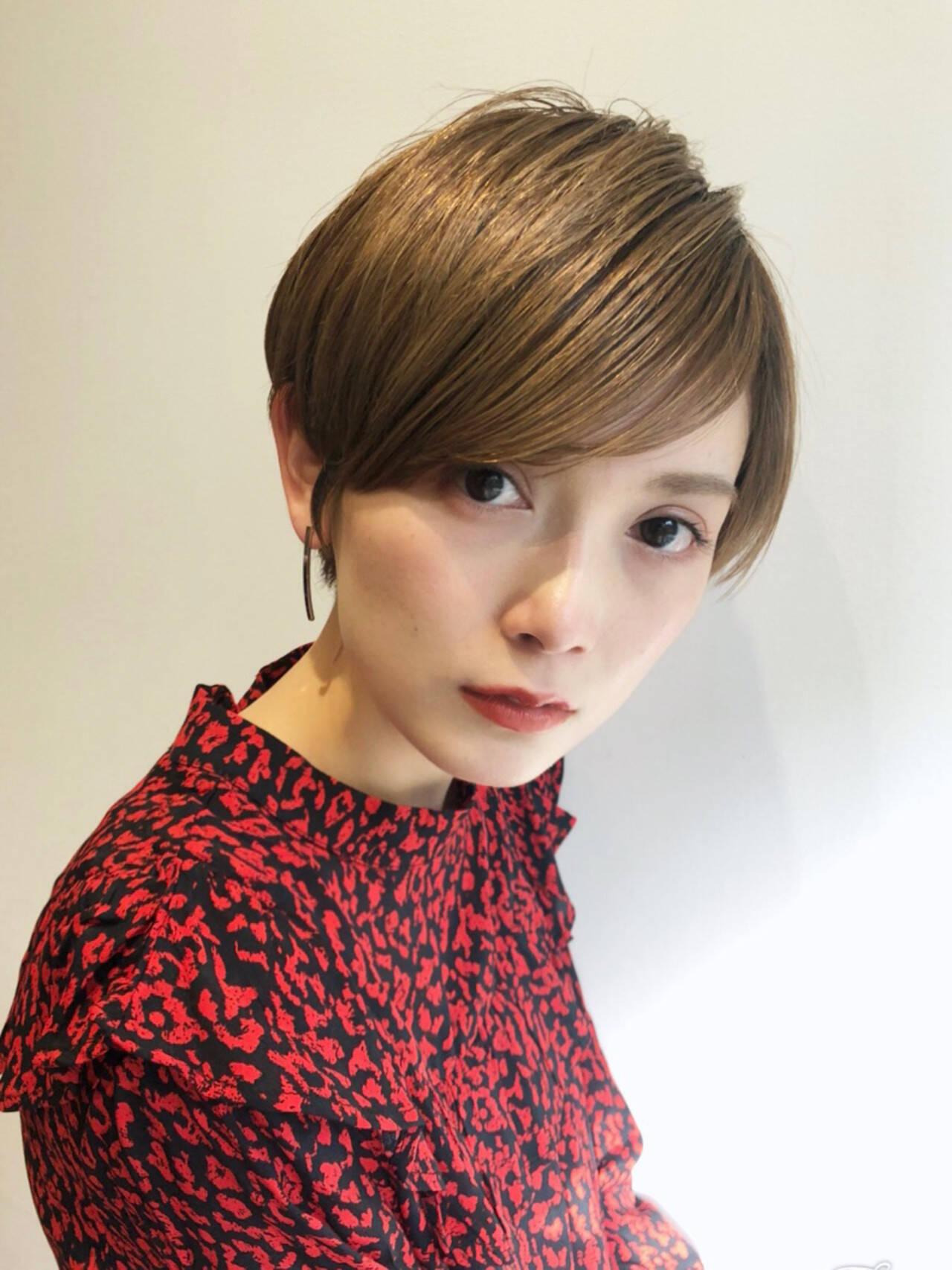 モード オフィス ヘアアレンジ ショートヘアスタイルや髪型の写真・画像