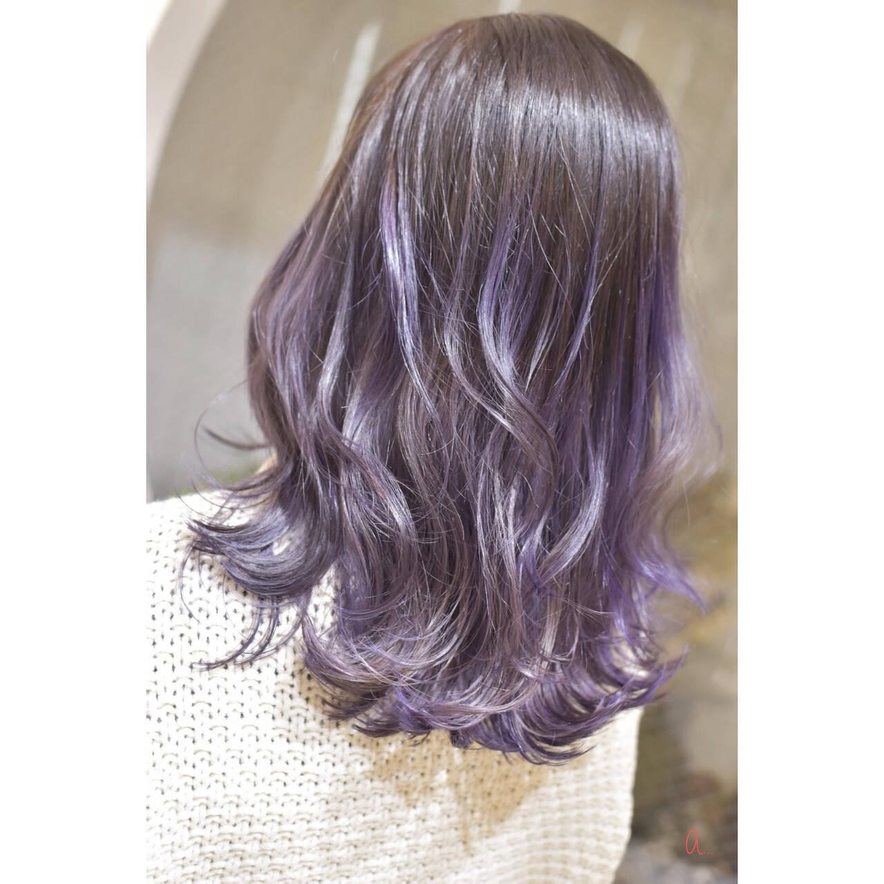 セミロング モード パープルカラー ブルーバイオレットヘアスタイルや髪型の写真・画像