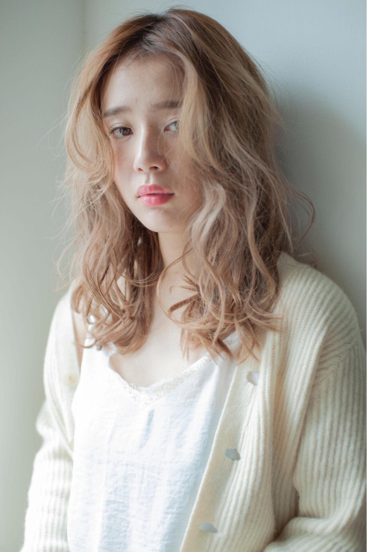 パーマ デジタルパーマ ロング 外国人風ヘアスタイルや髪型の写真・画像
