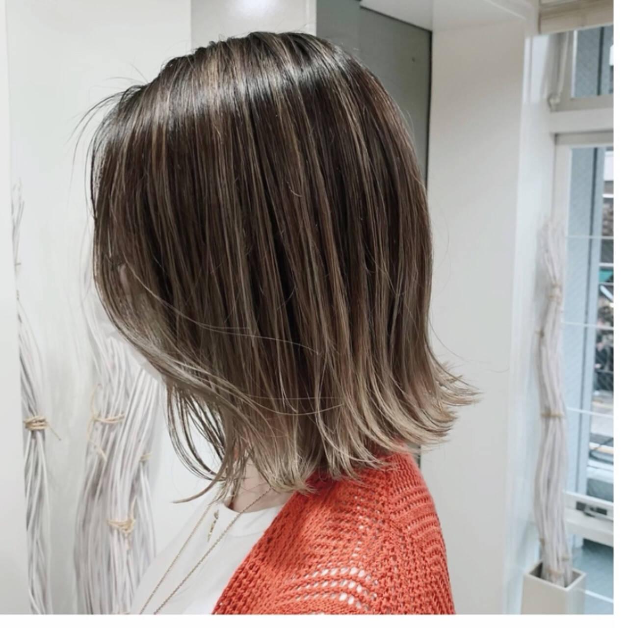 ボブ グラデーションカラー ショートボブ 極細ハイライトヘアスタイルや髪型の写真・画像