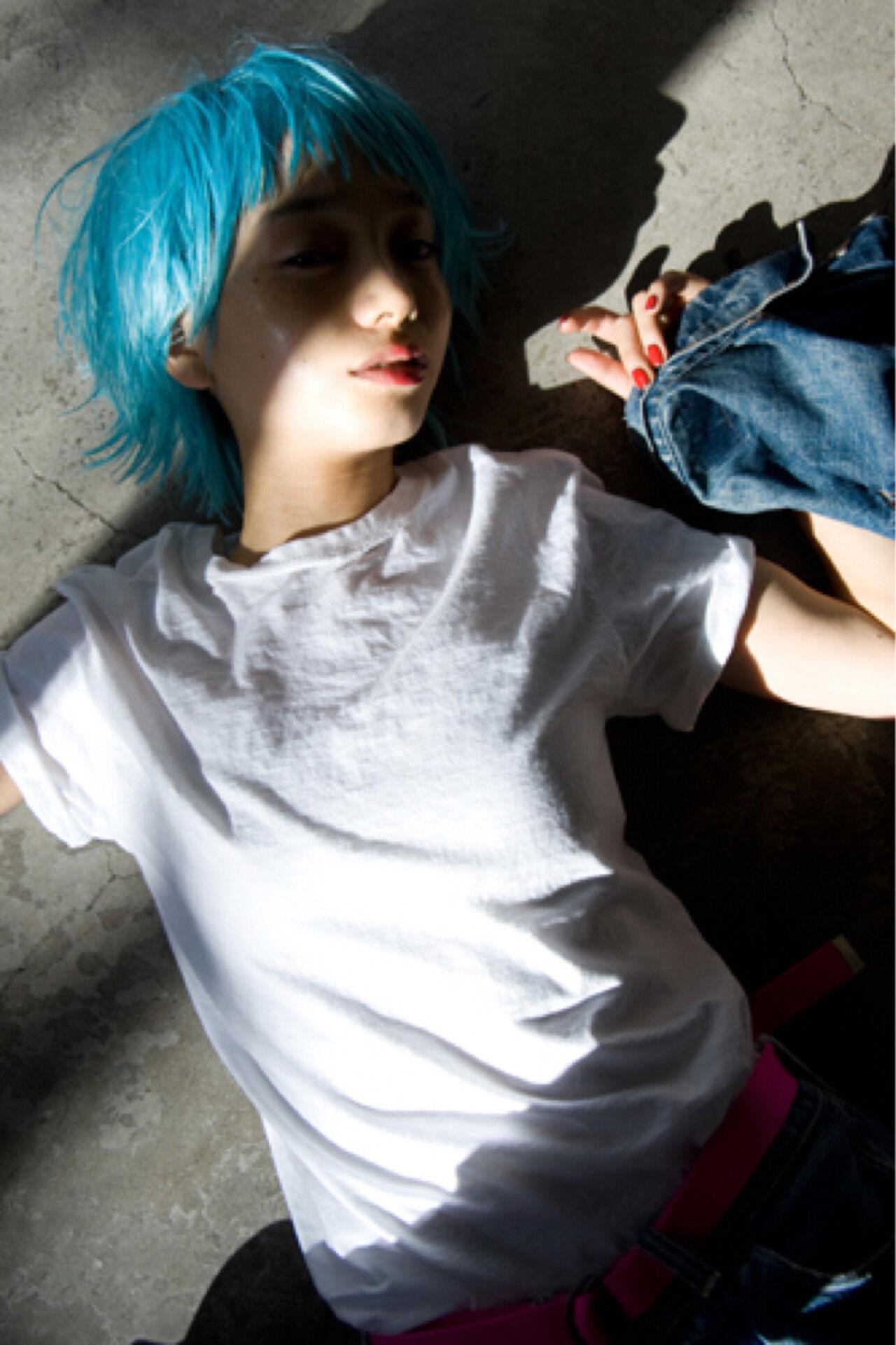 メンズ ショート グラデーションカラー モードヘアスタイルや髪型の写真・画像