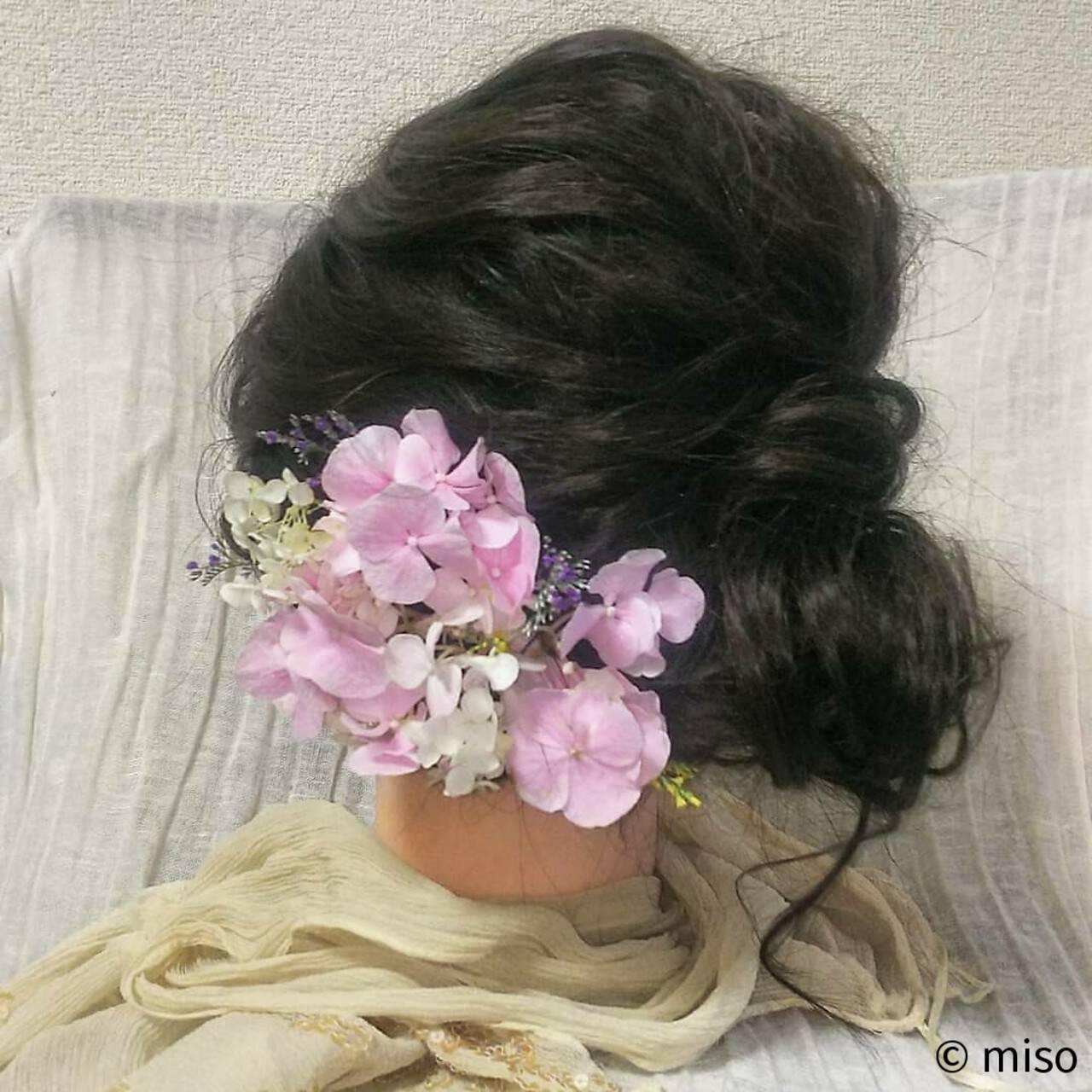 ロング ブライダル フェミニン 和装ヘアスタイルや髪型の写真・画像