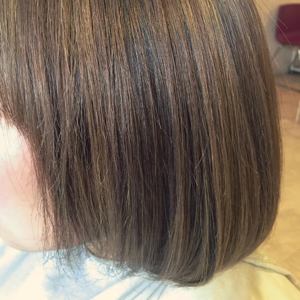 ミルクティーベージュ ハイライト ミルクティー ボブヘアスタイルや髪型の写真・画像