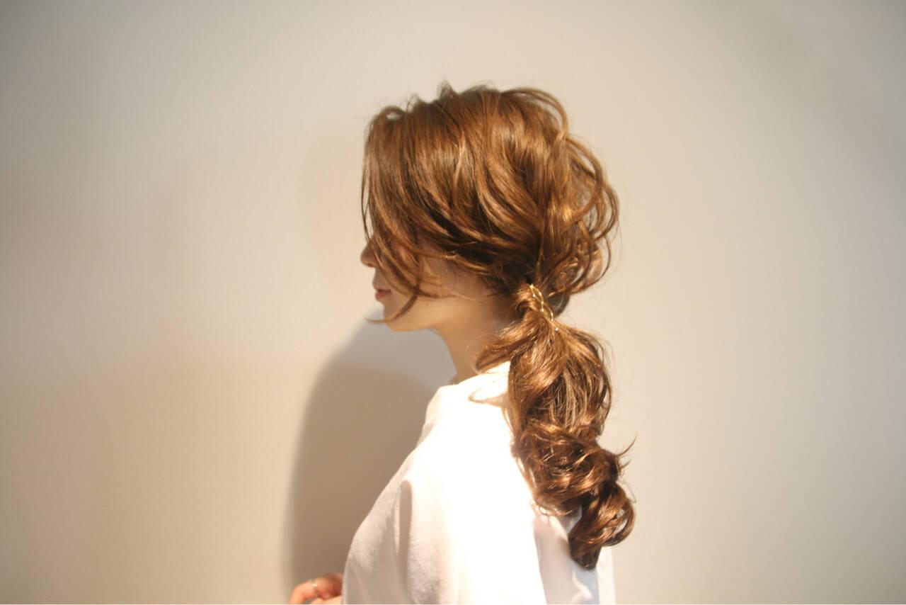 ロング フェミニン 簡単ヘアアレンジ 上品ヘアスタイルや髪型の写真・画像