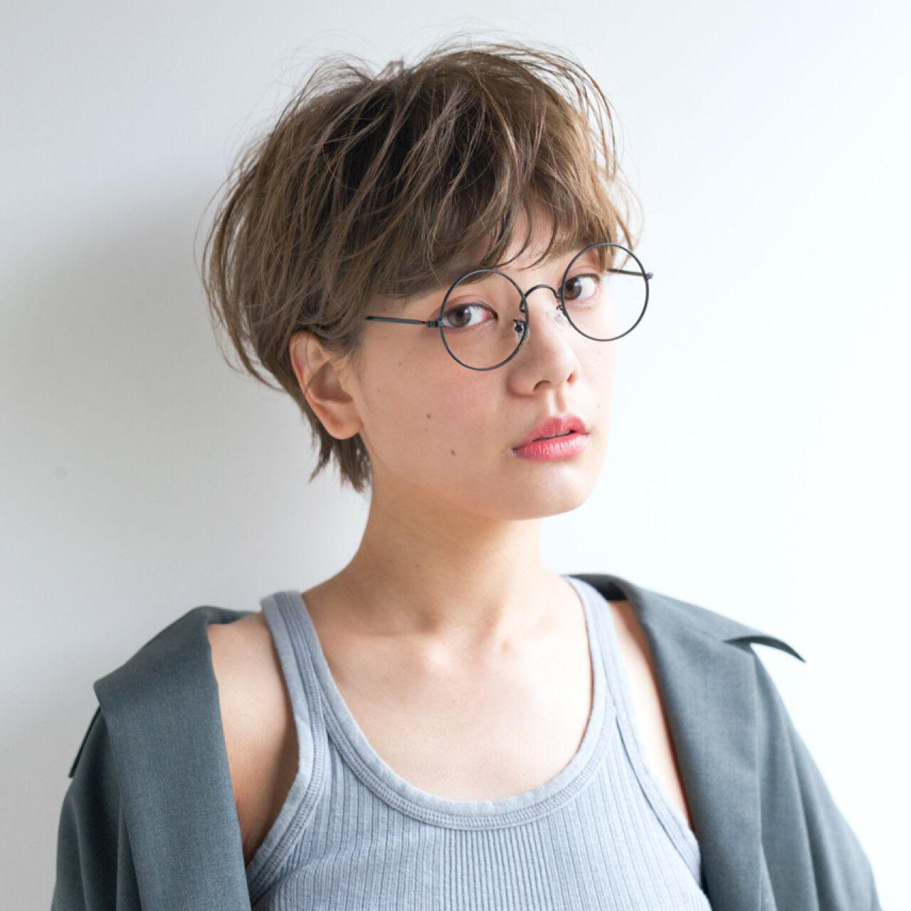 アンニュイ ナチュラル 抜け感 アッシュヘアスタイルや髪型の写真・画像