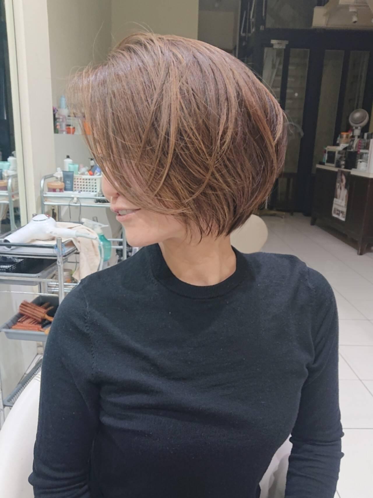 大人ハイライト レイヤーボブ ボブ 3Dハイライトヘアスタイルや髪型の写真・画像