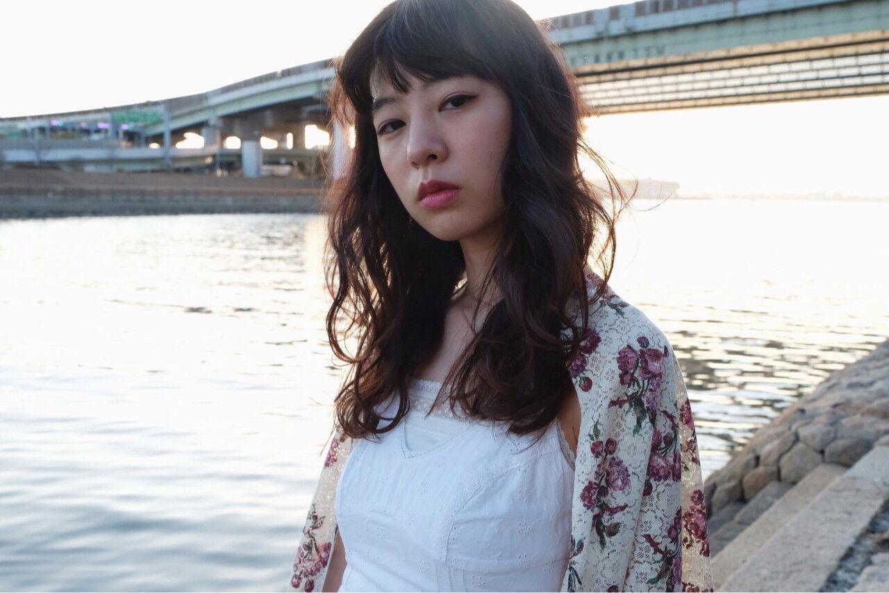 ふわふわ 外国人風カラー グラデーションカラー セミロングヘアスタイルや髪型の写真・画像