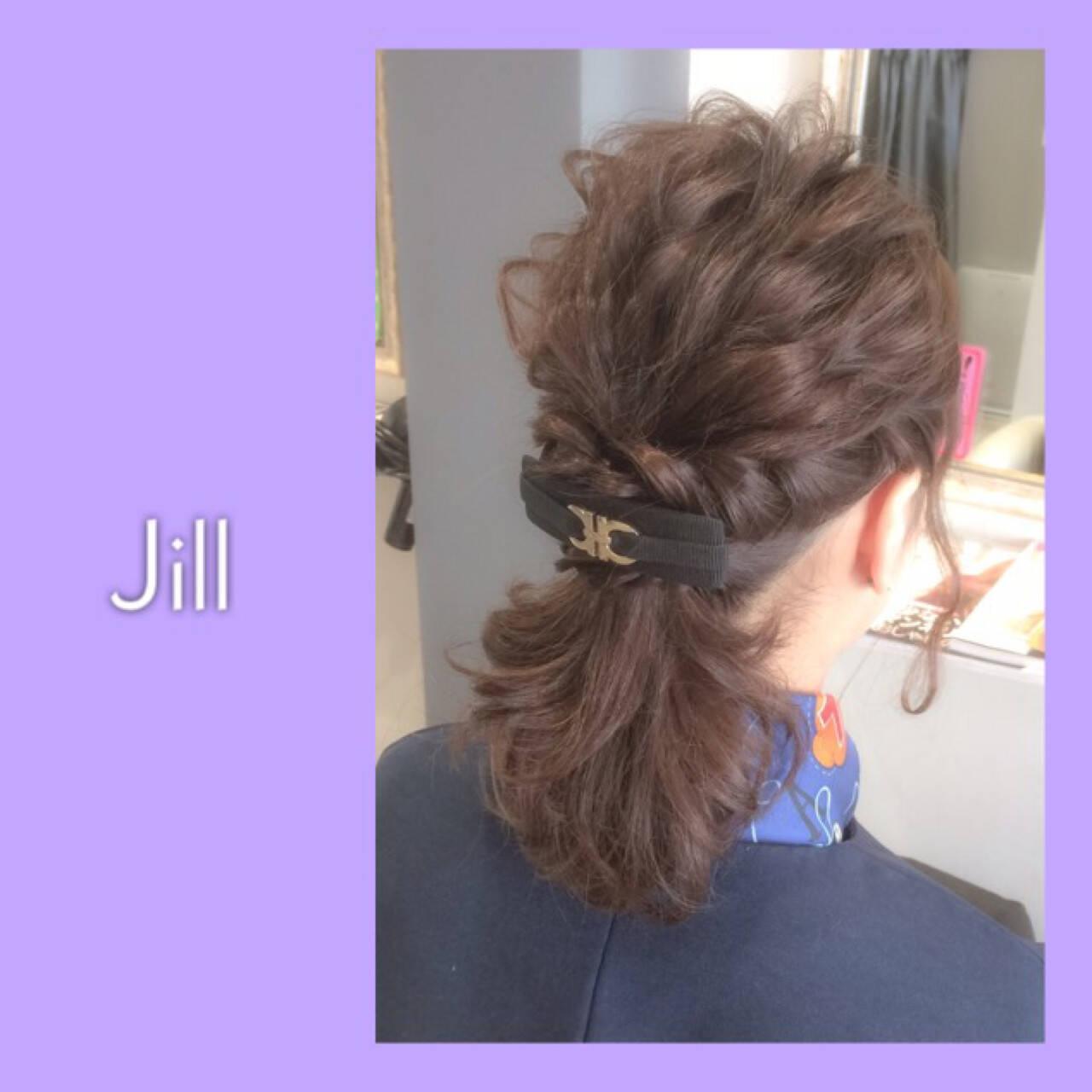 ヘアアクセ ハーフアップ ヘアアレンジ バレッタヘアスタイルや髪型の写真・画像