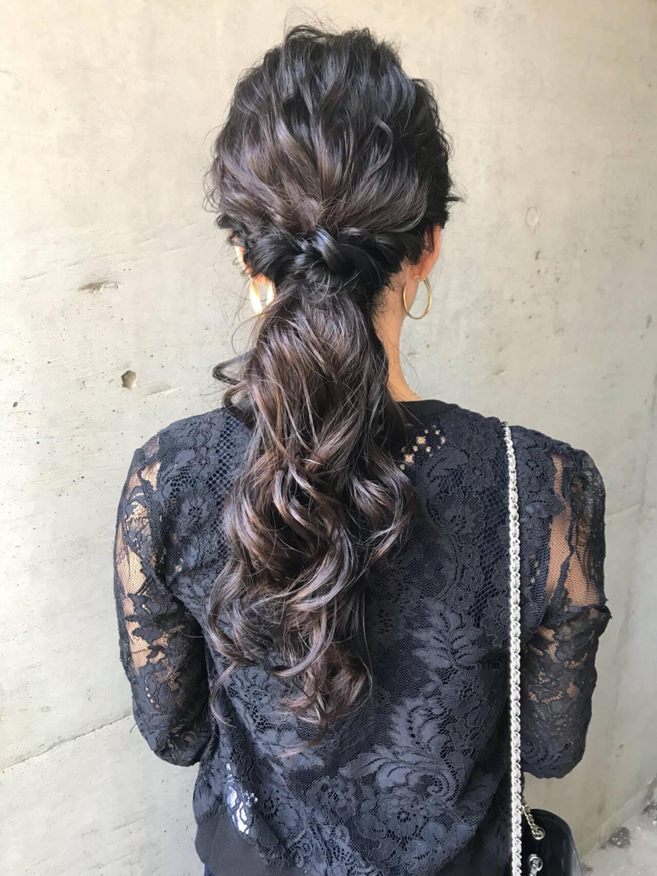 モード ロング ヘアアレンジ ウェーブヘアスタイルや髪型の写真・画像