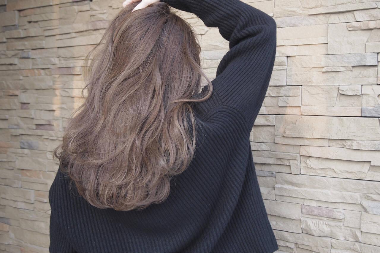 アンニュイ ロング 愛され ウェーブヘアスタイルや髪型の写真・画像