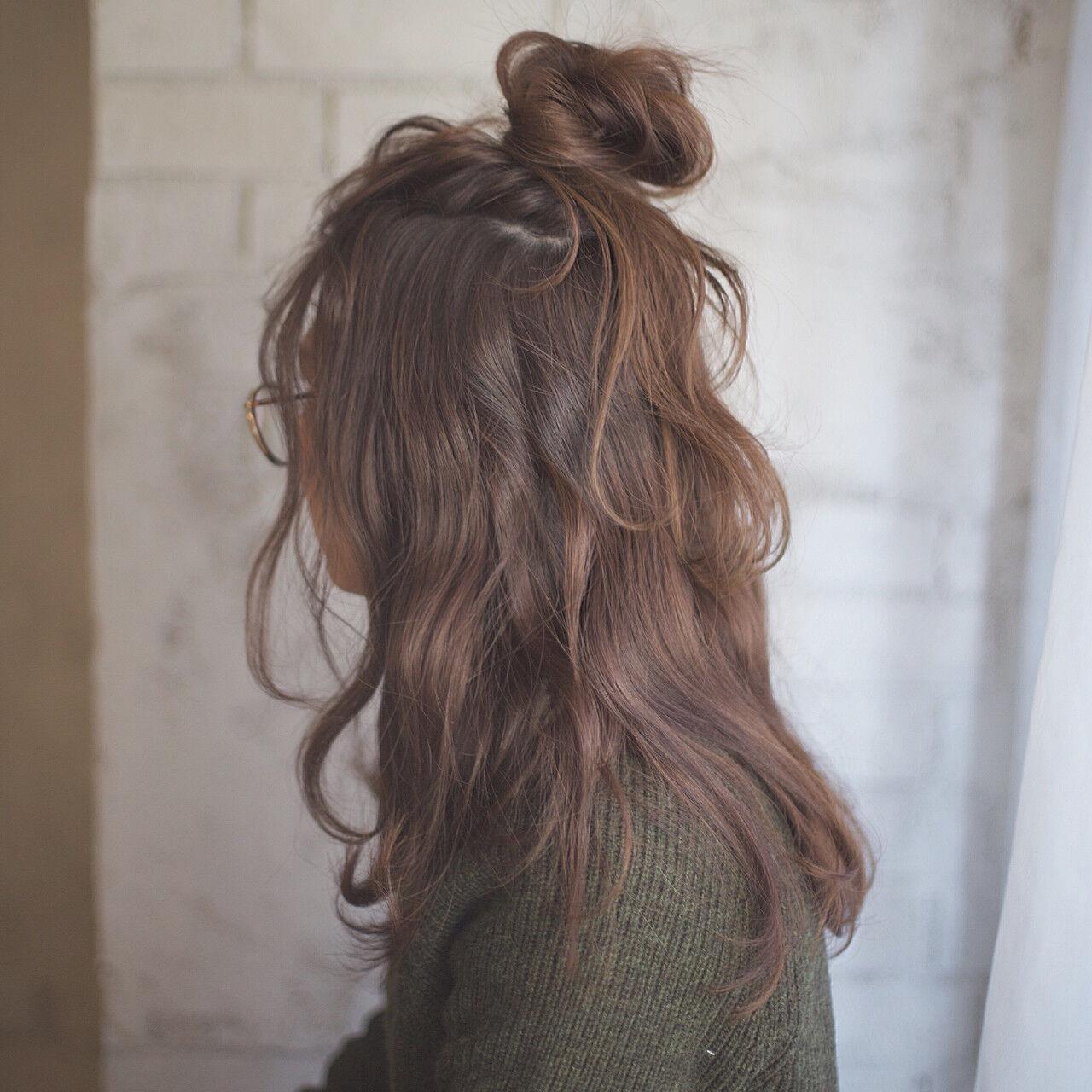 ハーフアップ ゆるふわ 大人女子 簡単ヘアアレンジヘアスタイルや髪型の写真・画像
