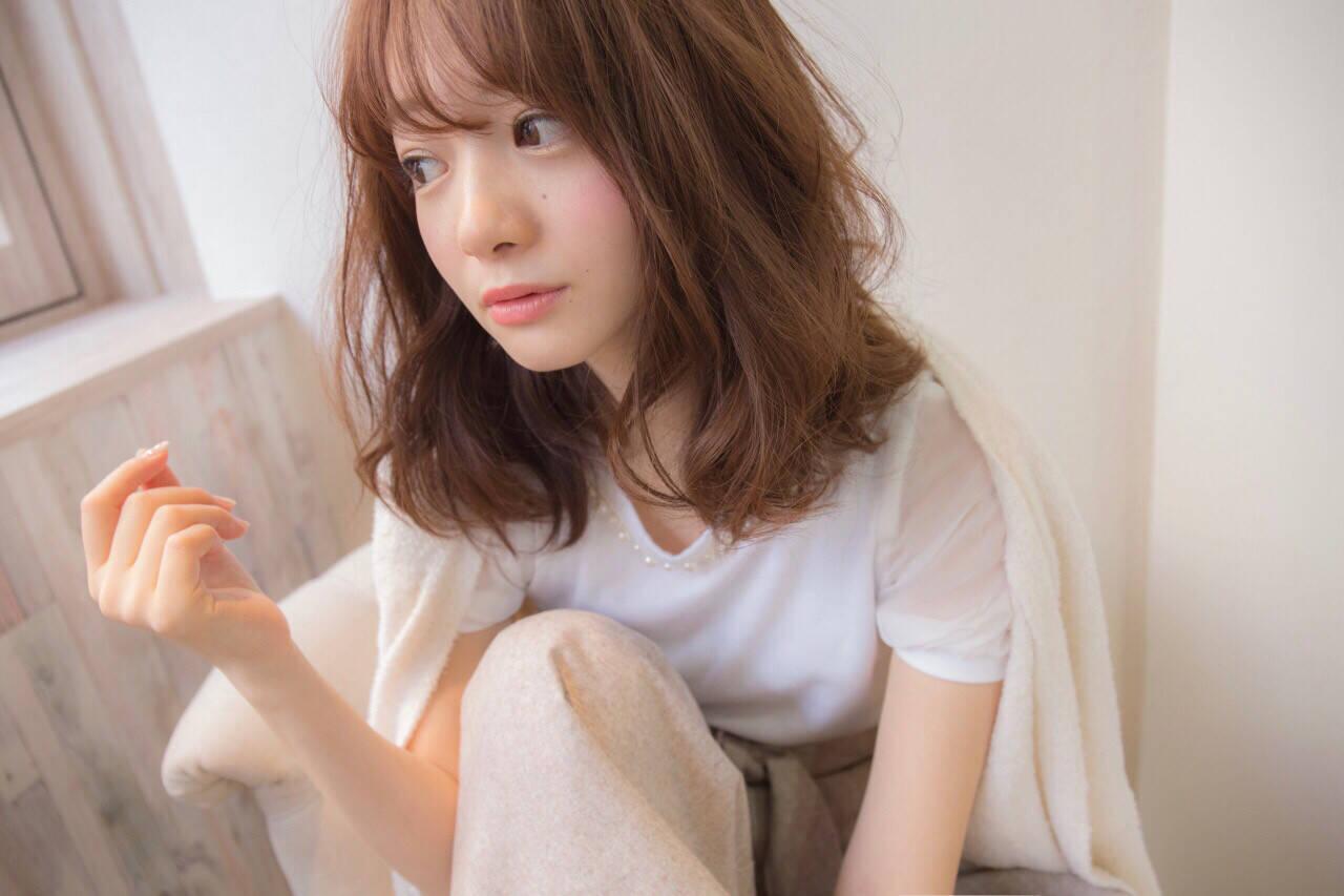 大人女子 こなれ感 かわいい ミルクティーヘアスタイルや髪型の写真・画像